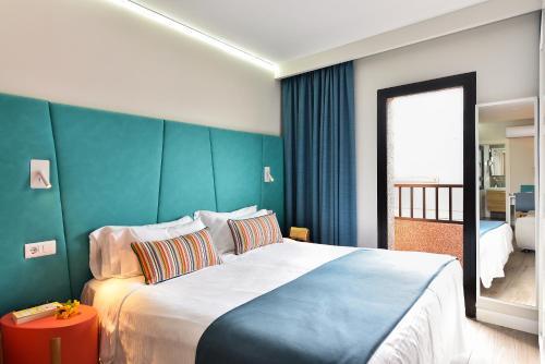 Hotel Apartamento Bajamar 63