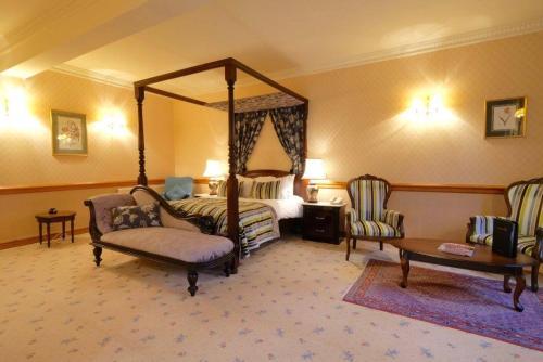 Nunsmere Hall Hotel - Photo 5 of 26
