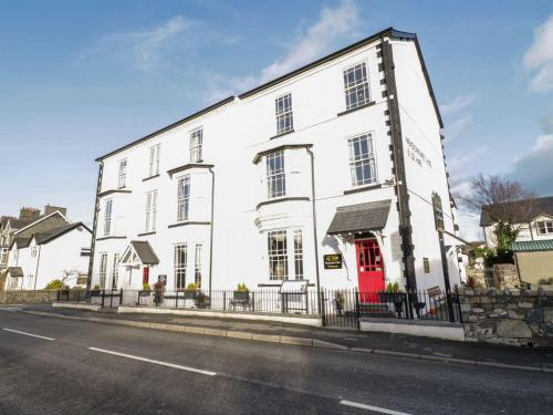 The Meadowsweet Hotel & Apartment