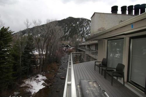 Chateau Roaring Fork Unit 8 - Aspen, CO 81611
