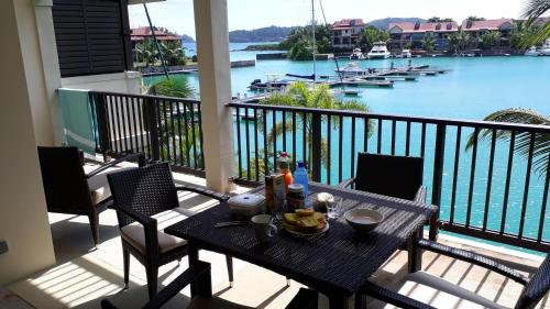Eden Island Luxury Apartment Sea View