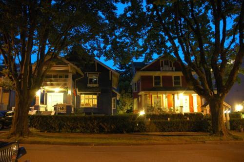 Douglas Guest House - Photo 6 of 44