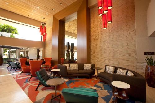 Hilton Palm Springs - Palm Springs, CA CA 92262-6605