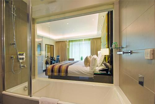 The Montcalm Marble Arch - image 3