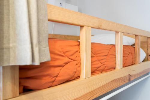1 Llit en Dormitori Mixt de 4 Llits (Bed in 4-Bed Mixed Dormitory Room)