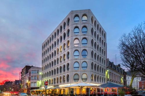 Best Western Premier Why Hotel - Hôtel - Lille