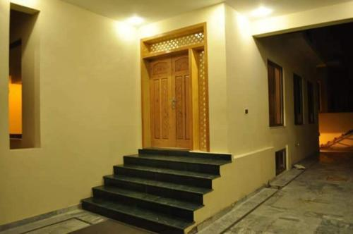 Best Price on Sarai Silk Route in Islamabad + Reviews!