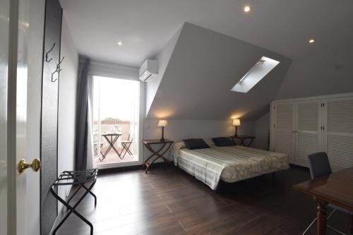Doppel-/Zweibettzimmer mit Meerblick - Einzelnutzung Villa Antumalal B&B 2