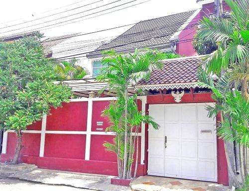 3BR Thai Style Home 3BR Thai Style Home