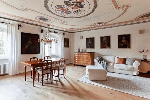 Castello Fai - Apartment - Fai della Paganella