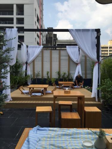 Kinnon Deluxe Hostel Coworking Cafe photo 61