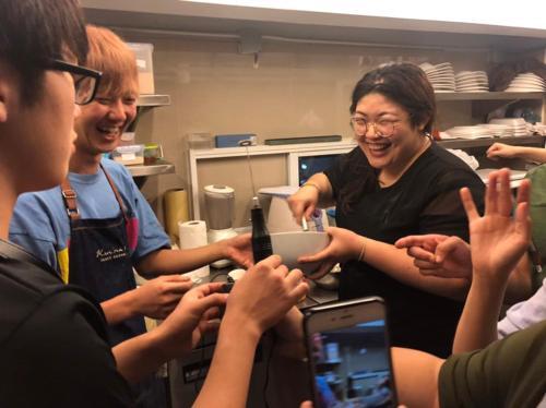 Kinnon Deluxe Hostel Coworking Cafe photo 74