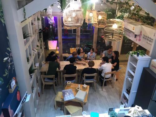 Kinnon Deluxe Hostel Coworking Cafe photo 84