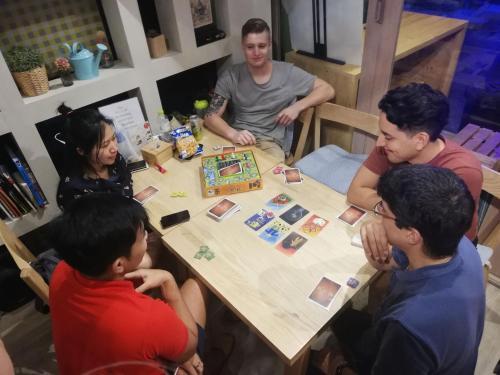 Kinnon Deluxe Hostel Coworking Cafe photo 89