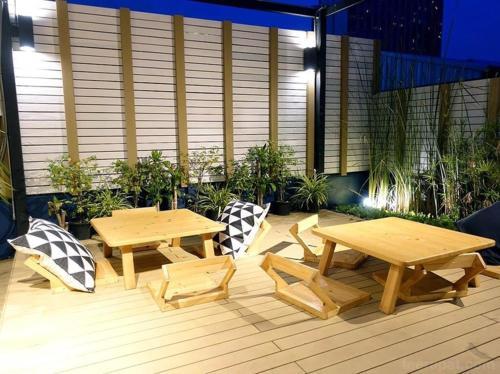 Kinnon Deluxe Hostel Coworking Cafe photo 106