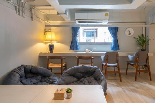 Kinnon Deluxe Hostel Coworking Cafe photo 130