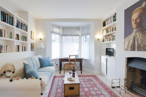 Cosy Notting Hill Nest
