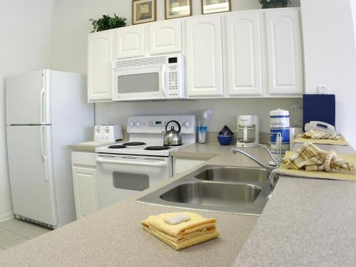 Apartment Poinciana.6 - image 3