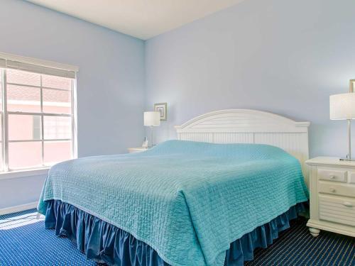 Apartment Runaway Beach Resort Apartments 2-4 Main image 1