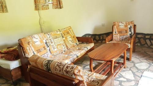 Kingfisher Safaris Lodge Kichwamba, Bunyaruguru