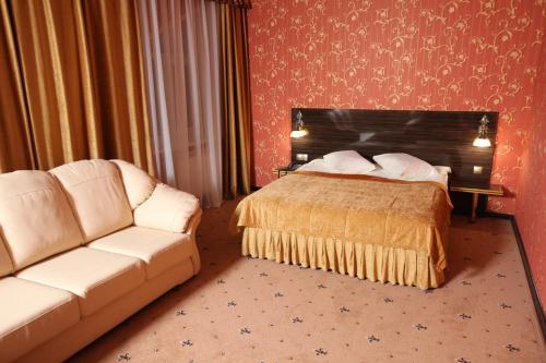 . Hotel Imperia