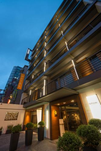 Hotel Simple + Hotel