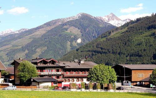 __{offers.Best_flights}__ Hotel Flatscher