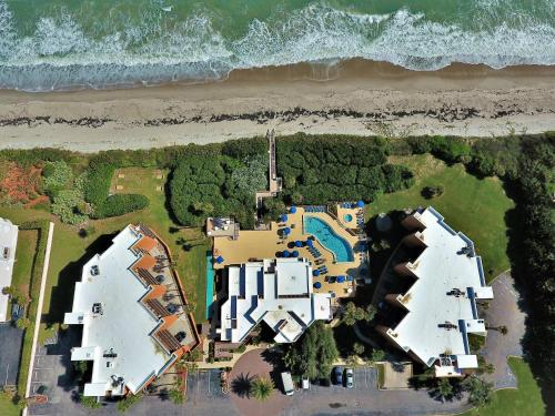 Oceanique Resort By Capital Vacations