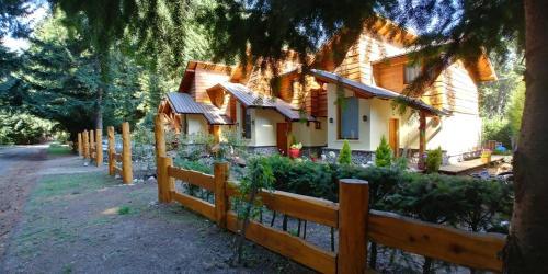ROSALES Alojamiento - Accommodation - Villa La Angostura