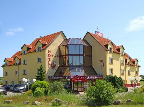 . Hotel Restaurant Champ Alsace
