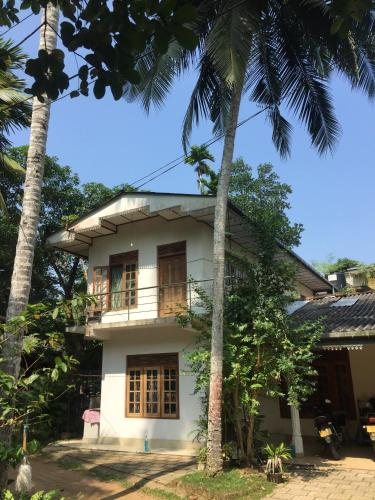Summer Ridge Apartments - Homestay