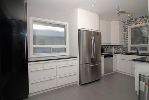 Quiet 4 bed 15 minutes from downtown (B&B)