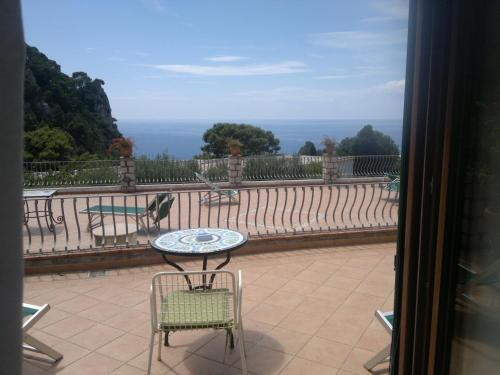 4 Stagioni, Pension in Capri