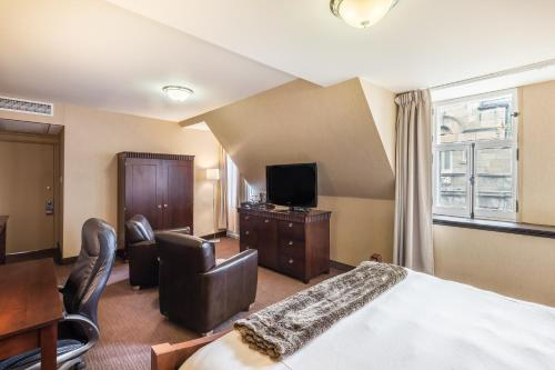 Hotel Chateau Bellevue istabas fotogrāfijas