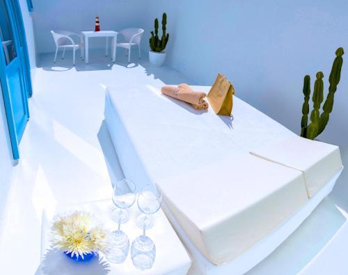 Doppelzimmer mit seitlichem Meerblick und Terrasse  AVANTI Lifestyle Hotel - Only Adults 34