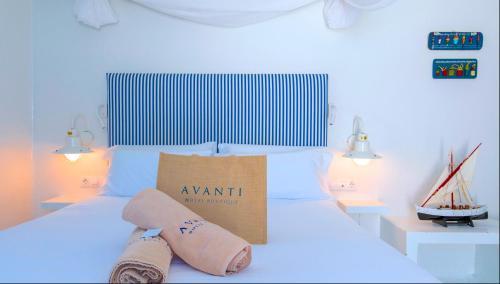 Doppelzimmer mit seitlichem Meerblick und Terrasse  AVANTI Lifestyle Hotel - Only Adults 40