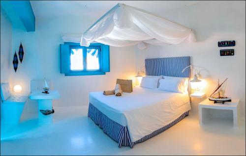 Doppelzimmer mit seitlichem Meerblick und Terrasse  AVANTI Lifestyle Hotel - Only Adults 42