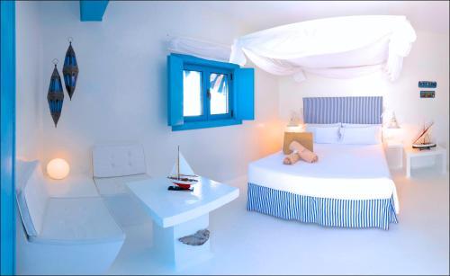 Doppelzimmer mit seitlichem Meerblick und Terrasse  AVANTI Lifestyle Hotel - Only Adults 33