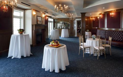 Madison Beach Hotel Curio Collection By Hilton - Madison, CT 06443