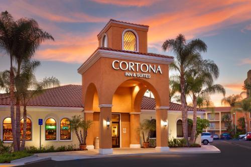 . Cortona Inn and Suites Anaheim Resort
