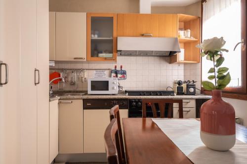 GuestFriendly Q01   Biennale Apartment