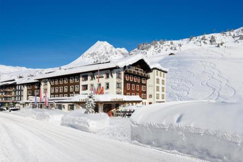 Sporthotel Lorunser - Hotel - Zürs