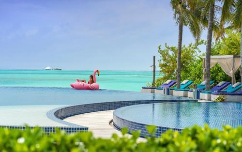 Huluwalu, Dhaalu Atoll 00000, Maldives.