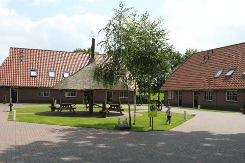 . Landgoed Het Rheins