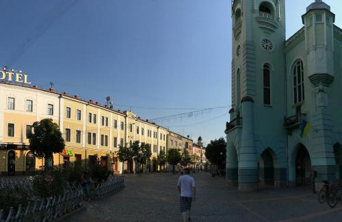 . Apartment on Pushkina
