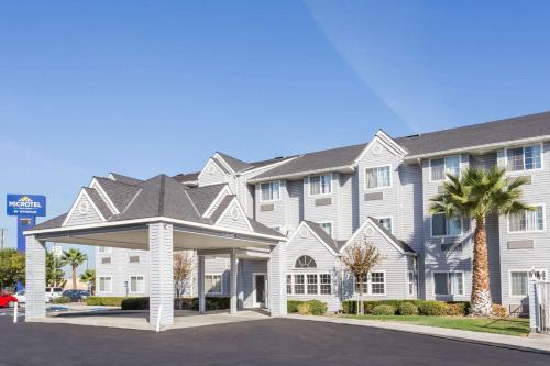 . Microtel Inn & Suites Modesto