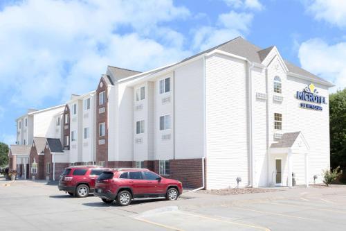 . Microtel Inn & Suites - Kearney