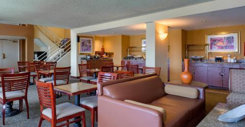 Hilton Woodland Hills/ Los Angeles - Woodland Hills, CA CA 91367