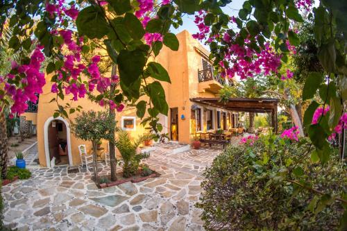 . Vagia Traditional Hotel