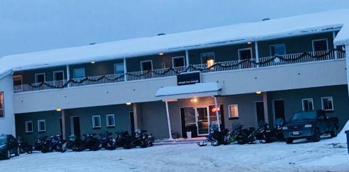 . Wheel Inn Motel